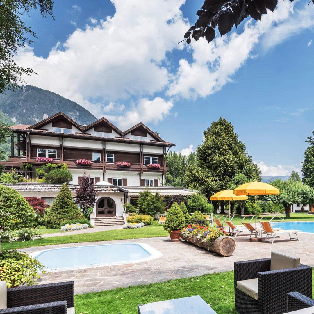 Vacanze benessere in montagna benessere montagna - Hotel montagna con piscina esterna riscaldata ...
