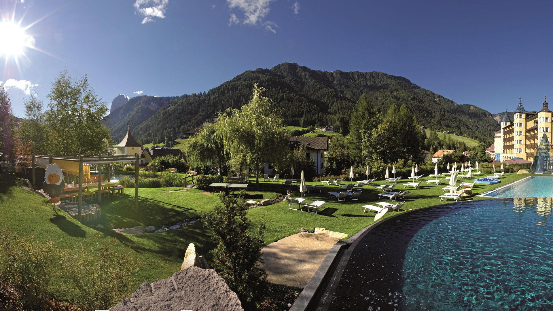 Hotel Adler Dolomiti - Spa & Benessere Hotel