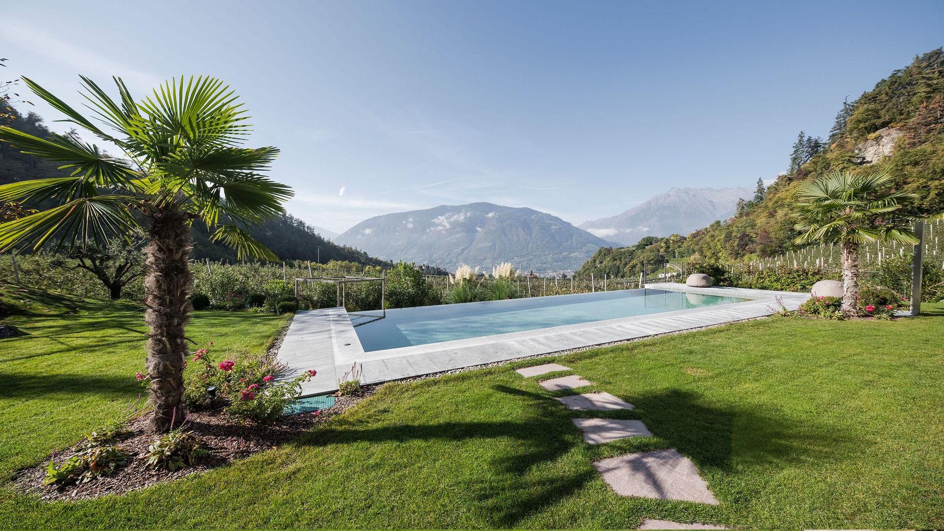 Piscina Hotel Kiendl Scena a Merano