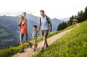 famiglia vacanza alto adige
